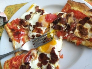 More breakfast pizza inspiration! Made on a savory brioche dough...