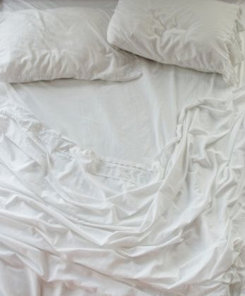 how to keep white sheet looking white