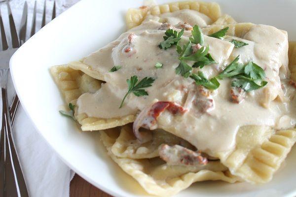Ravioli With Garlic Cream Sauce Recipes — Dishmaps
