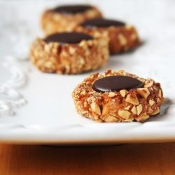 Chocolate Hazelnut Thumbprint Cookies ~ healthy, delicious and gluten ...