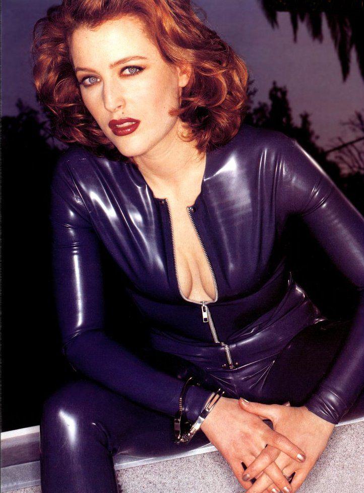 Would you wear... (faux) leather leggings?