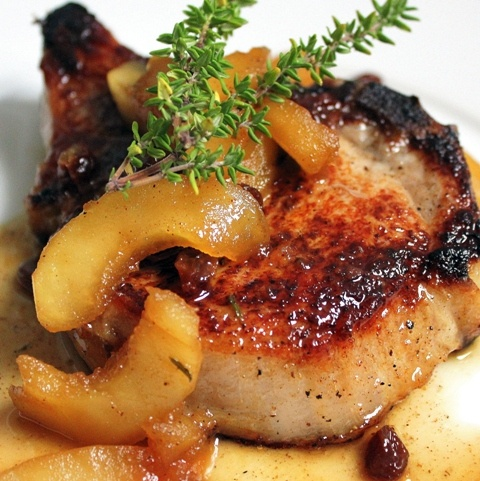 brined pork chops with spiced apples and raisins