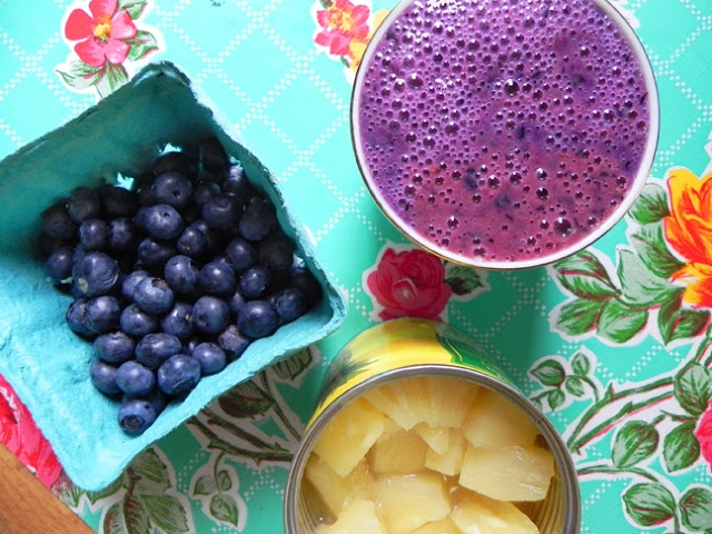 blueberry pineapple smoothie | Healthy Kick! | Pinterest