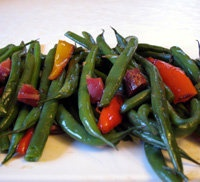 Spanish Green Beans with Ham and Peppers Recipe - Alubias Verdes con ...