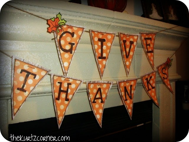 Give Thanks Fall Bunting #Fall #Decorations #Bunting #Decor #DIY #Crafts