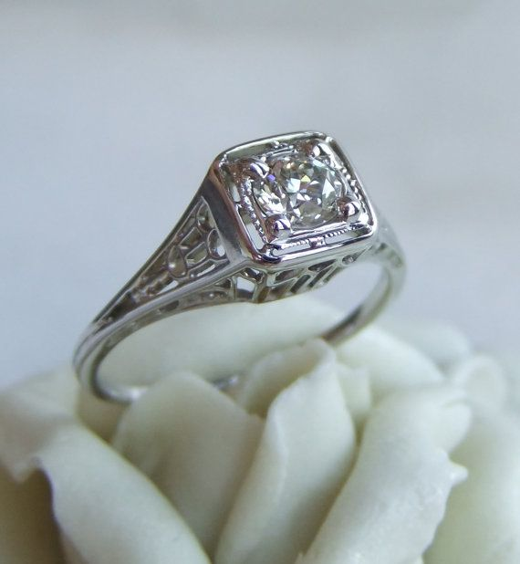 Antique Art Deco Diamond Filigree Engagement Ring