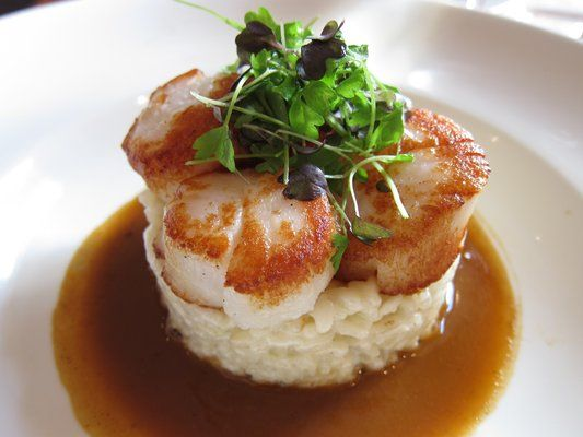 Scallop risotto in lobster sauce | Yummy food I want to make! | Pinte ...