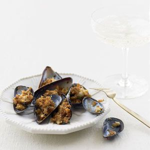 ... with these crispy, buttery Broiled Mussels with Hot Paprika Crumbs