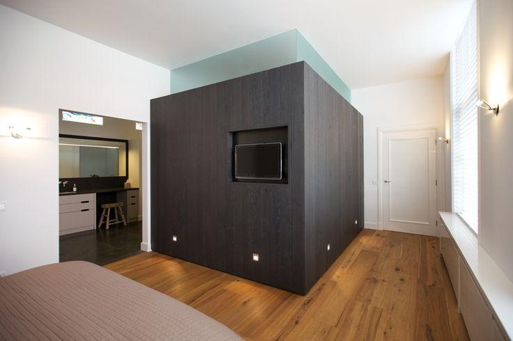 Slaapkamer badkamer en inloopkast referentie appartement in breda - Slaapkamer met kleedkamer en badkamer ...