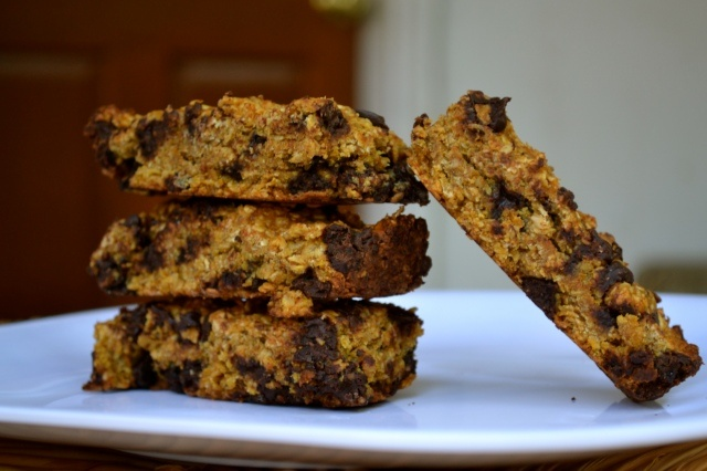 Pumpkin Chocolate Chip Granola Bars | Vegan/Vegetarian Recipes | Pint ...