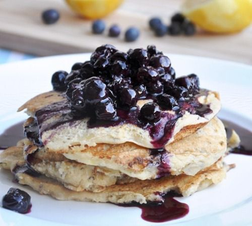 whole wheat ricotta pancakes with blueberry topping