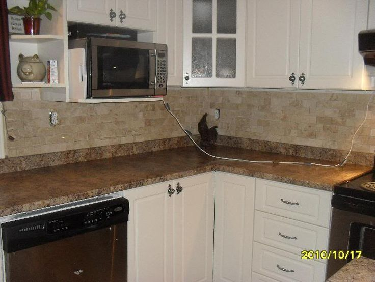 no tile cut backsplash using 2 x 4 polished marble in brick mosaic