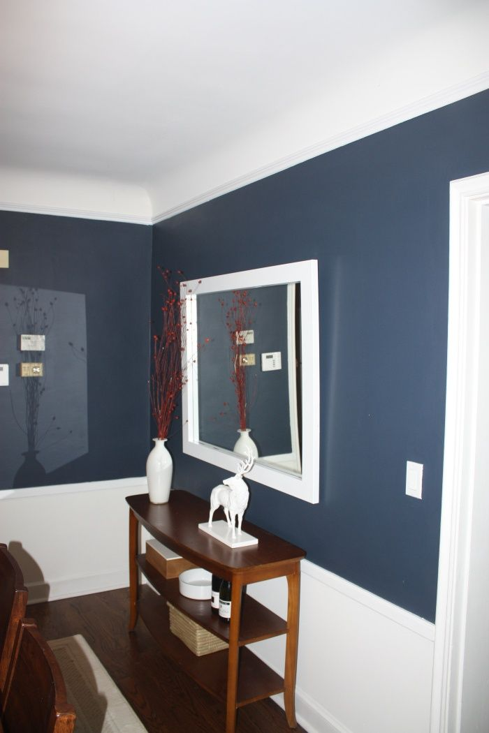 BM Navy Hale Dining Room Color Idea