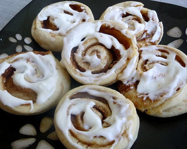 Cinnamon Roll Sugar Cookies | Food - Cookies | Pinterest