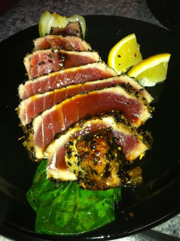 Seared ahi tuna over bok choy w/a hoisin glaze yumma