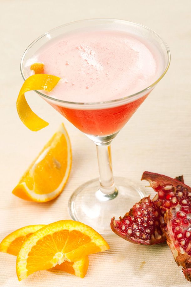Pomegranate Champagne Punch - FabFitFun | Recipe Box | Pinterest