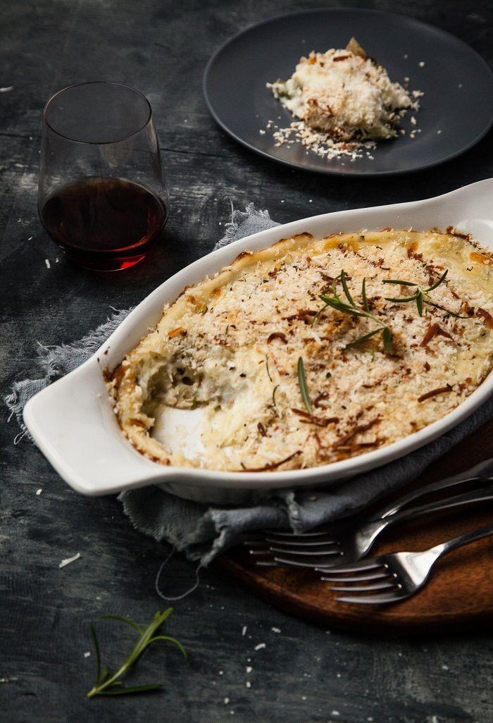 Garlic and Herb Mashed Potato Gratin: http://gratineeblog.com/2013/10 ...