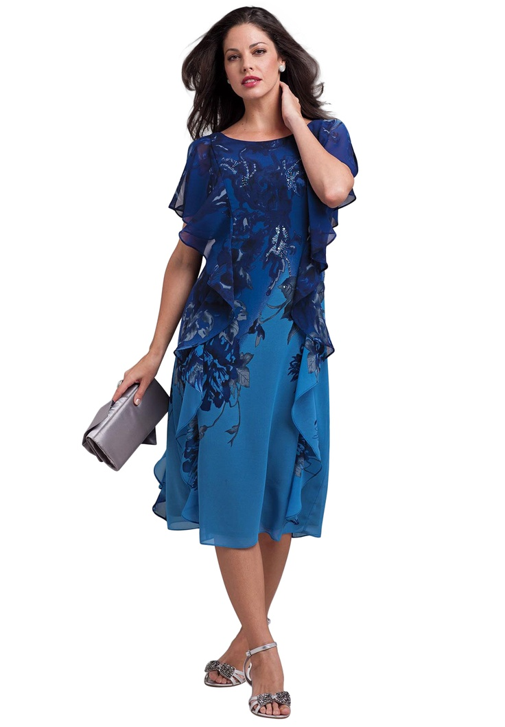 Related Article - Plus sizes: a growing trend - plus-size apparel - Even though fashion magazines tend to focus on very thin models, the reality in the United States is that most women wear over a size 12 and one third of women wear a size larger than