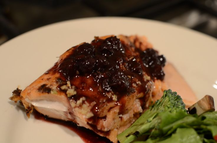 Salmon with Blueberry Sauce - I am so hungry for this!!