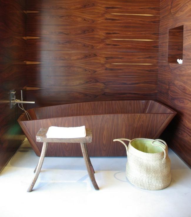Badezimmer holz design badewanne wand sanitärmöbel pinterest