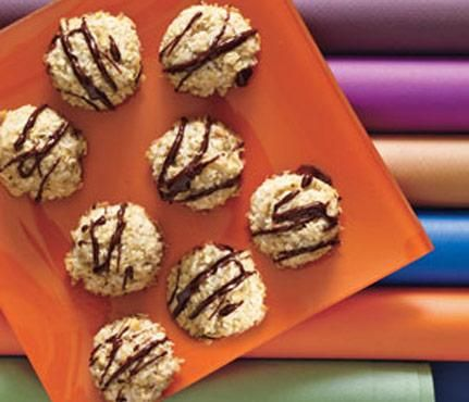 Coconut Macaroons Dress up this chewy classic with a festive, to-die ...