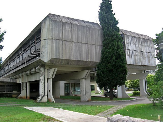 Brutalism brutalist architecture pinterest for Architecture brutaliste