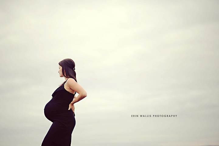 Baby bump idea | Gill's maternity photos ideas | Pinterest: pinterest.com/pin/263108803204565344