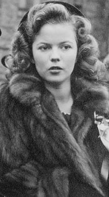 16-year-old Shirley Temple in 1944 in Ottawa, Ontario, at a ceremony to raise money for Canadian Victory bonds