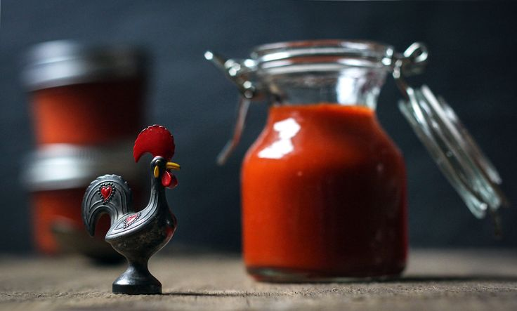 homemade sriracha- Now I know what I can make with all my jalapeno ...
