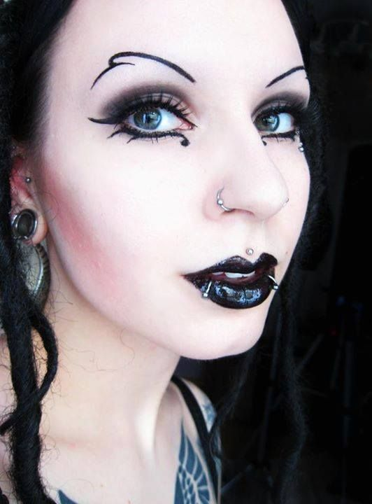 Love the eyebrows!   Emo/Goth/Punk/Ink/Cosplay   Pinterest