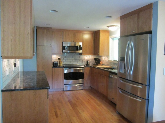 Split entry kitchen layout remodel pinterest for Split foyer kitchen