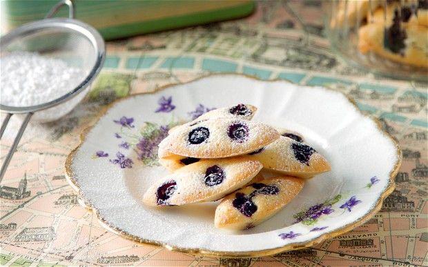 blueberry financiers almond flour egg whites