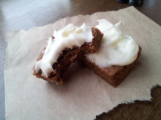 gluten free gingerbread bars with lemon cream cheese frosting...sigh