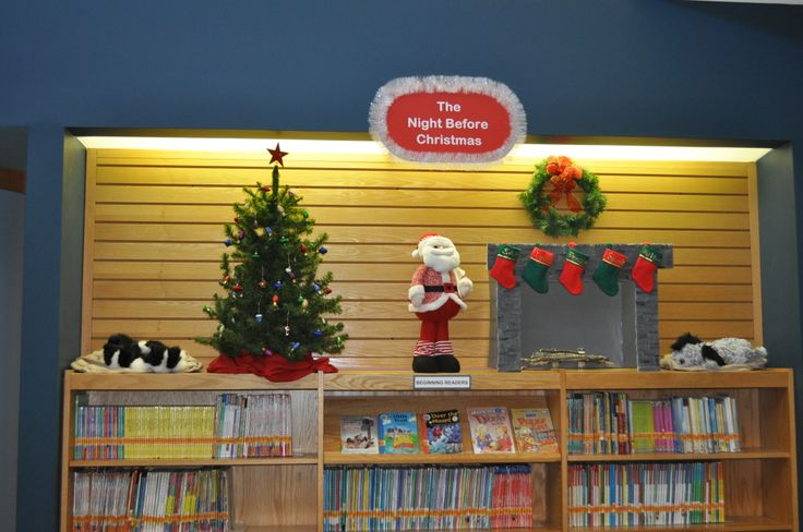 """Hoover Public Library's """"The Night Before Christmas"""" Display"""