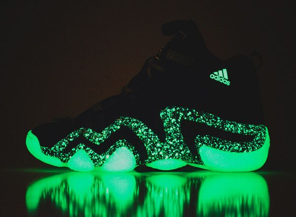 Adidas Crazy 8s Nightmare before X-Mas | Effectus Clothing Blog | Pin ...