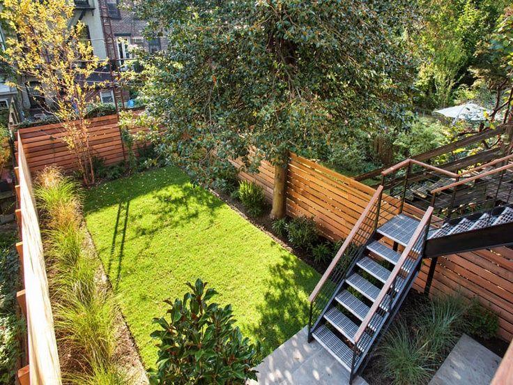 Brownstone backyard brownstone backyard pinterest for Tiny garden ideas patio townhouse