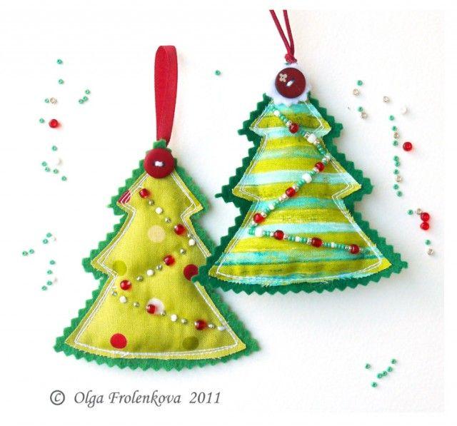 Я уже начала готовиться к Новому году и прямо с утра села шить елки на елку. И подумала, что вам, наверно,будет интересно посмотреть, как я это делаю... Тем более,…