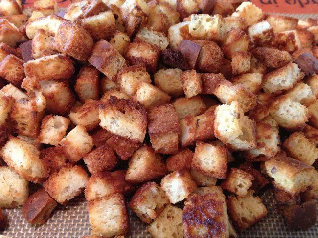 Homemade' Gluten Free stuffing/dressing croutons
