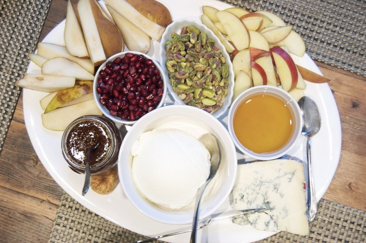 Greek Yogurt Cheesecake With Pomegranate Sauce Recipe — Dishmaps