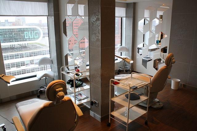 Barber Shop In The Area : Barber shop, deck 15, the Haven area On the Norwegian Breakaway ...