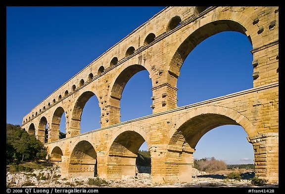 Ancient Roman Aqueduct Gard River France The Earth