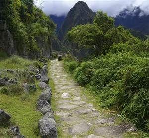 147 - Camino inca que une Huarangucho con Huancabamba, está  en perfecto estado, con puentes y escalinatas y es un verdadero tesoro legado por los antiguos peruanos a la humanidad.