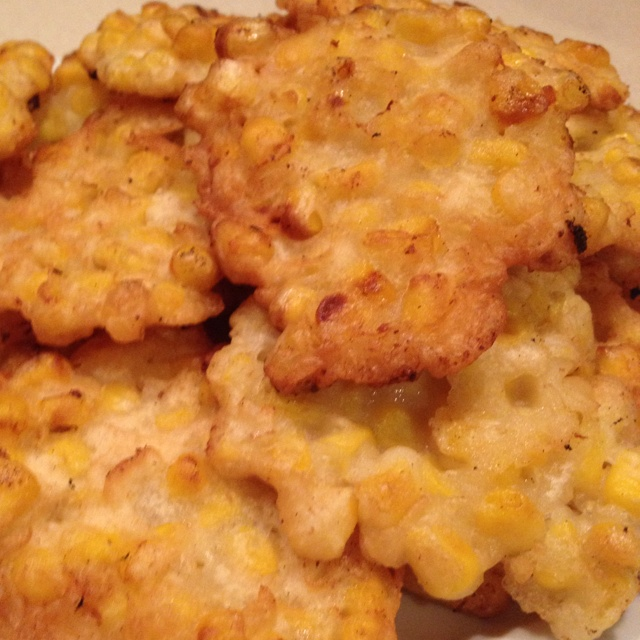 Corn Fritters - YUM! My mom used to make these.