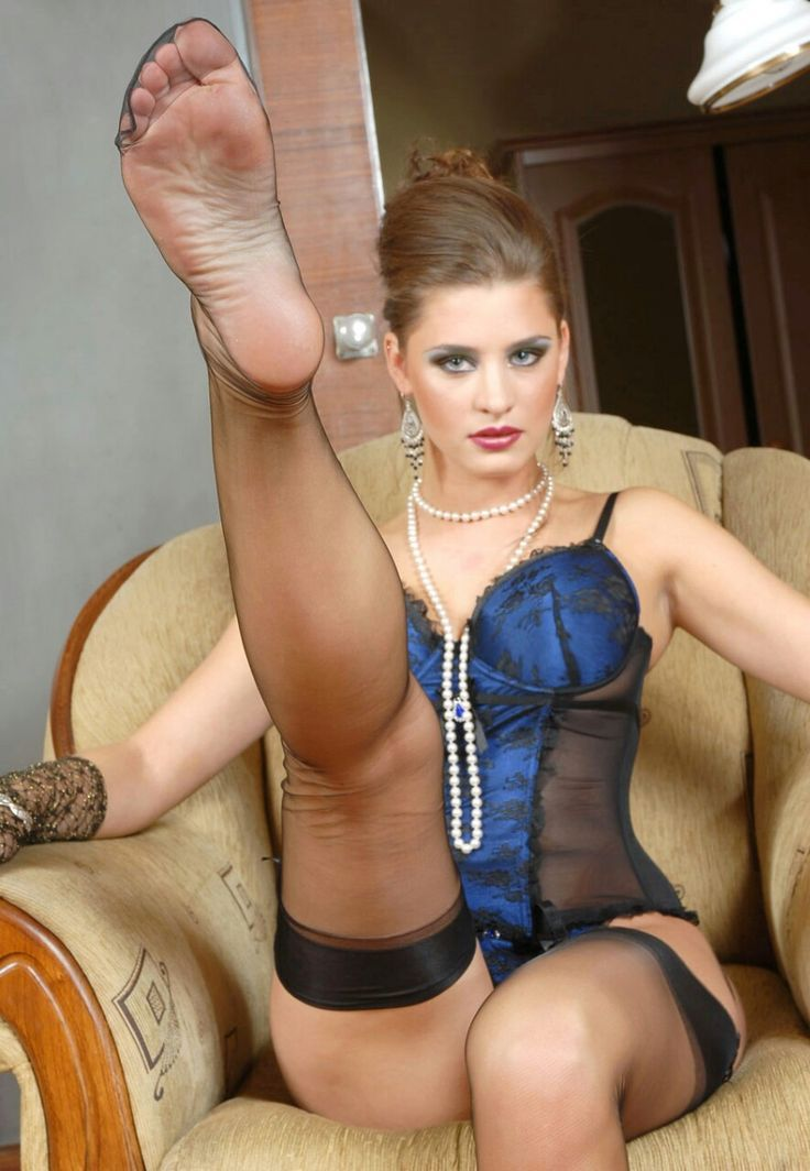Juggy exotic MILF in fishnets has some ass licking fun and gives a blowjob № 671259 без смс