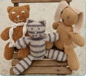 Knitting Patterns For Stuffed Dogs : knit stuffed animals Operation Christmas Child ideas Pinterest