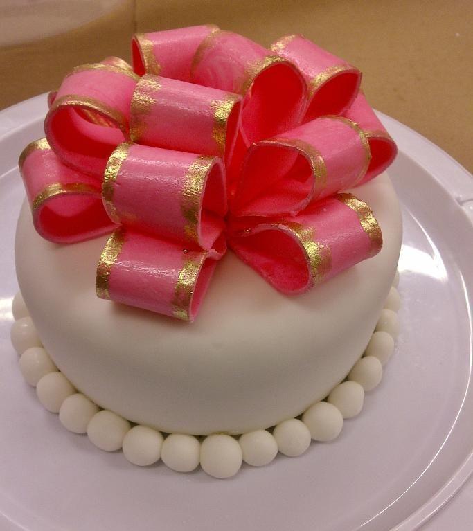 fondant cake store