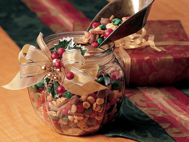 Christmas Snack Mix - #Christmas Traditions #Holiday Entertaining # ...