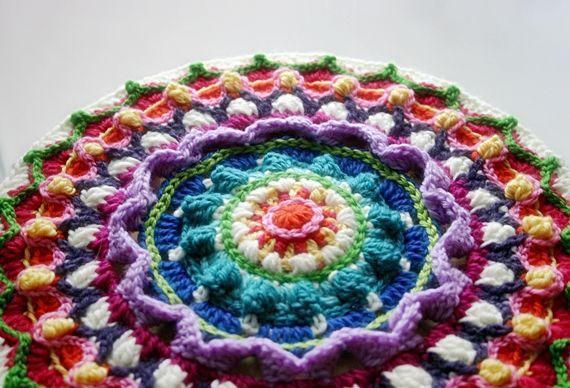 Crochet Patterns Using Mandala Yarn : ... Button - Colorful Crochet Patterns: ::Mandala Crochet Pattern Ta-Dah