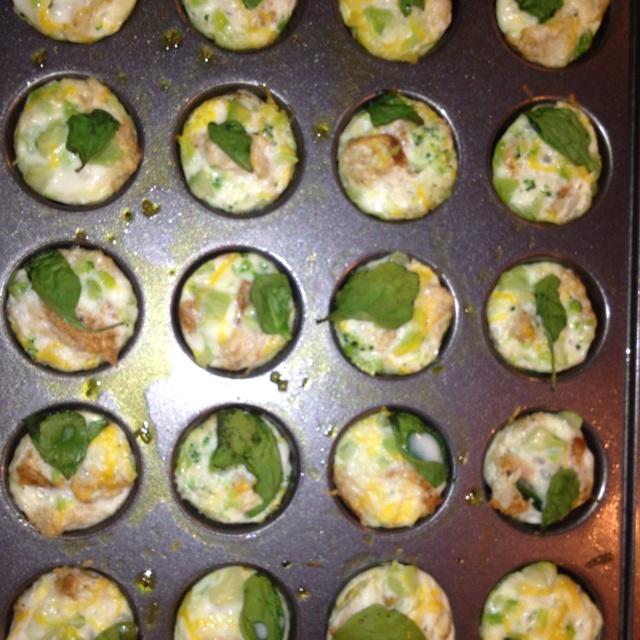 Mini broccoli spinach cheese and egg white frittatas