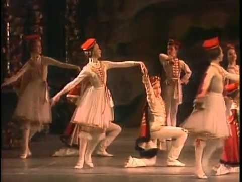 Paquita Polonaise and Mazurka ballet